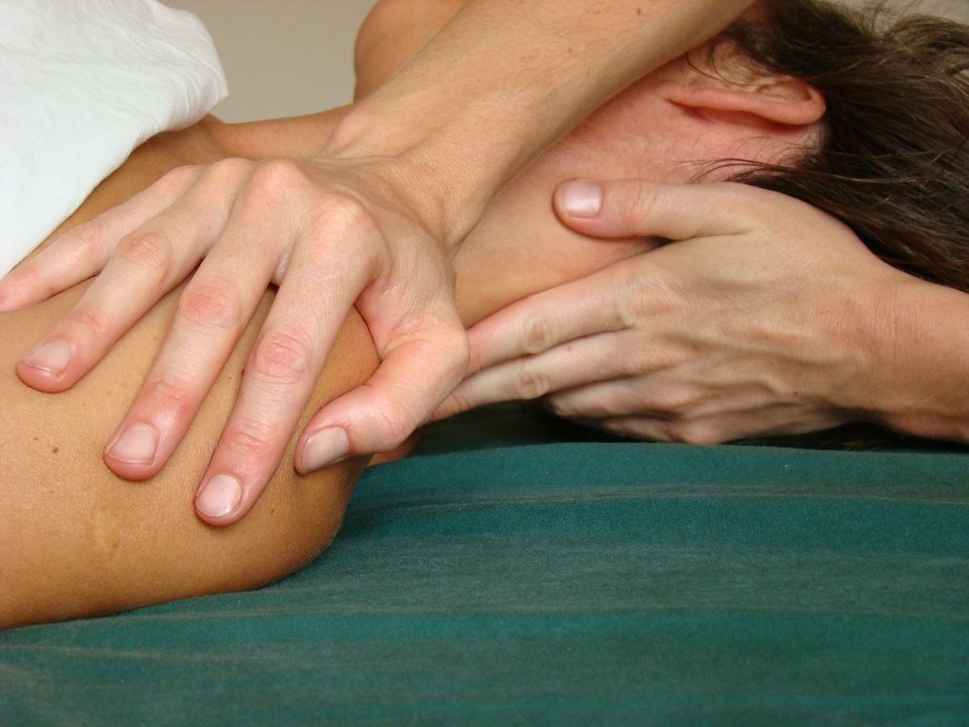 Formation massage californien la Ziegelau Strasbourg Natacha Muller