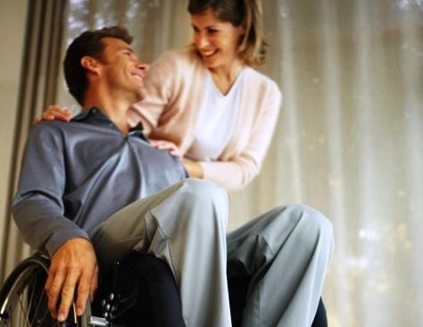 Formation massage soignants aide à la personne personne âgée Natacha Muller